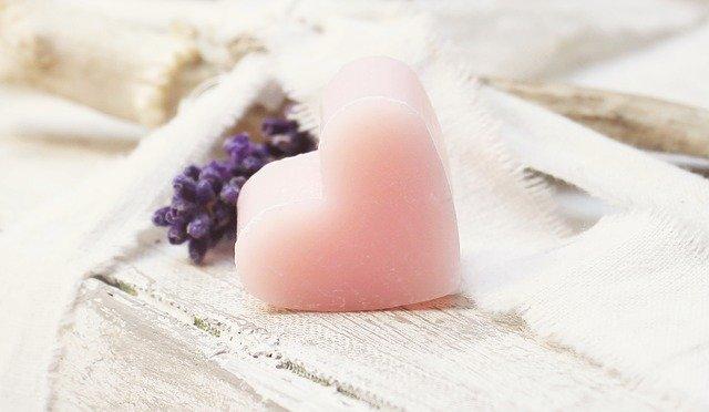 結論:アレッポの石鹸成分はシンプルでお肌に優しい。