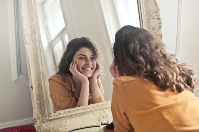 肌が綺麗にならないスキンケアを見直して、肌に優しい生活を。