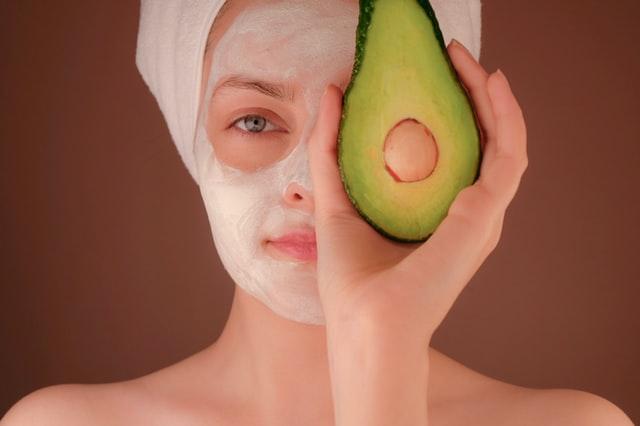 肌の乾燥を根本から改善するための3ステップ